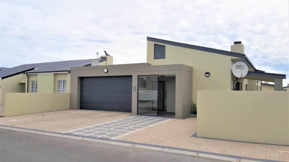 Houses for sale in Sunset Estate Langebaan